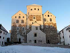 Main castle from E. Photo Antti Suna 2010.