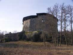 Main castle from NW. Photo Tarja Knuutinen 2010.