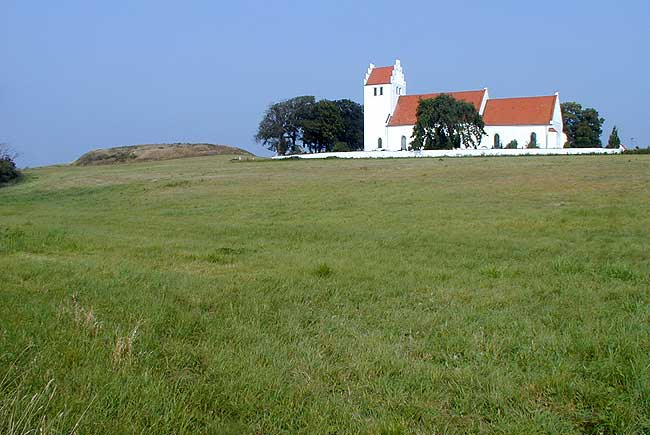 The castle mound and the church, photo: The National Museum of Denmark (2002)